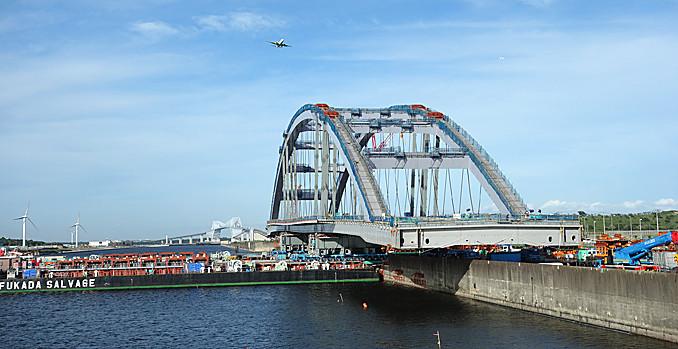 東西水路横断橋